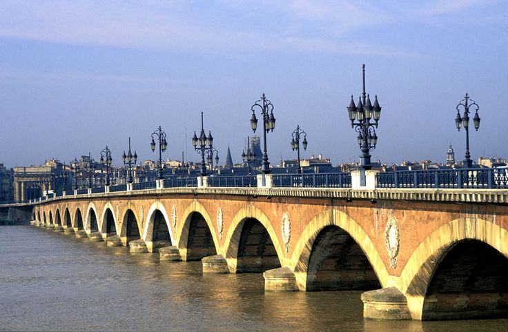 Bordeaux is located close to the European Atlantic coast, in the southwest of France and in the north of the Aquitaine region. It is around 500 km (310 mi) southwest of Paris. The city is built on a bend of the river Garonne.