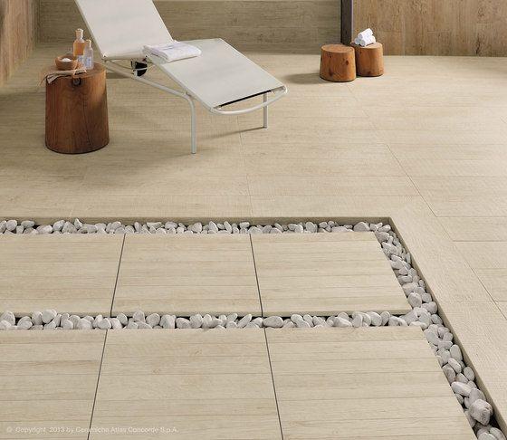 Stone & Tile Floor