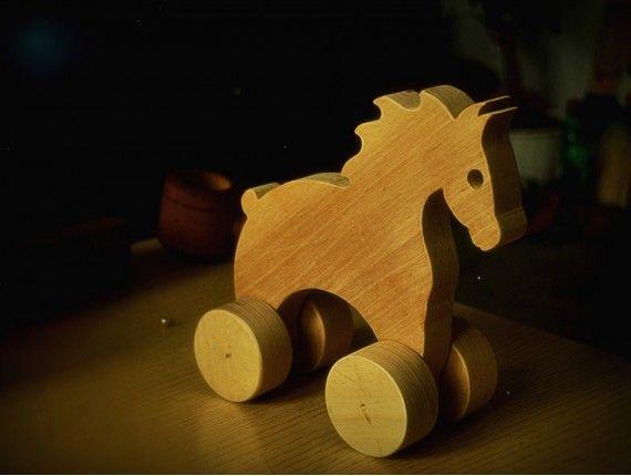 drewniany konik