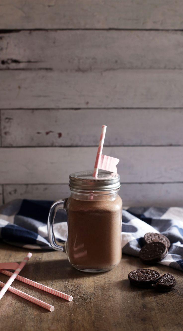 Bebidinha mais deliciosa e fácil dos últimos tempos: Chocolate batido com OREO! <3