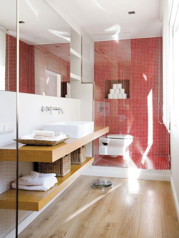 Baño-con-encimera-volada-en-madera