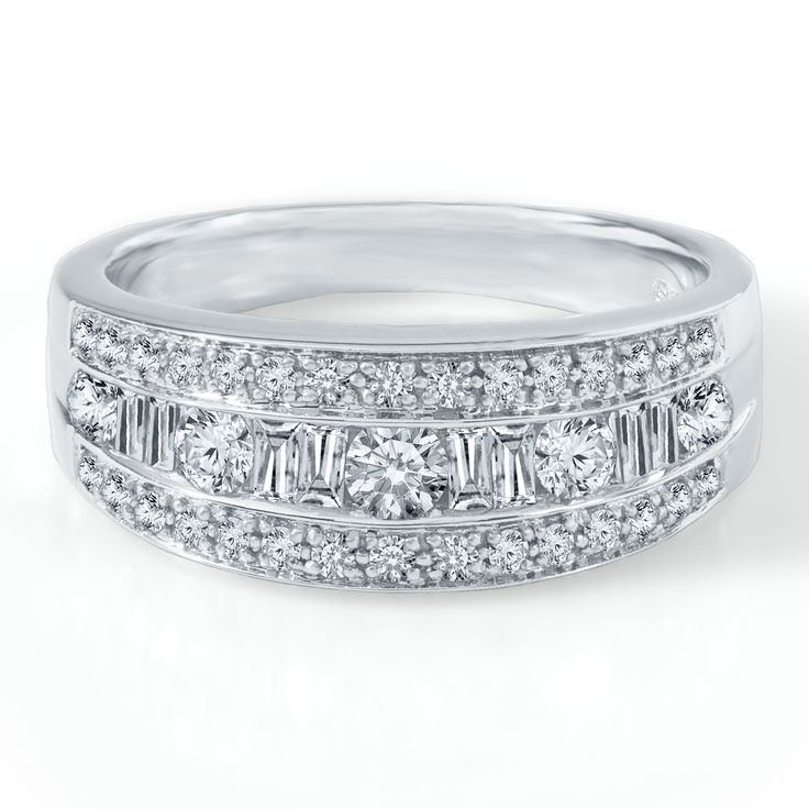 Diamonds #jewelry #aislestyle Enter the Aisle Style Sweeps for a chance to win up to $3,000 in gift certificates from David's Bridal & Helzberg Diamonds! Enter now thru 9/2: sweeps.piqora.com... Rules: sweeps.piqora.com...