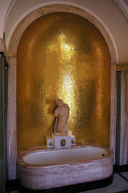 Art deco bathroom, Eltham Palace Gold Mosaic Tiled Alcove Bust