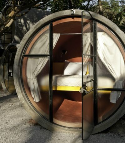Spending the night in a cement tube has never been on my bucket list, but that was before I spotted the Tubohotel in Tepoztlan, 45 minutes south of Mexico City. Did you know such a place existed?