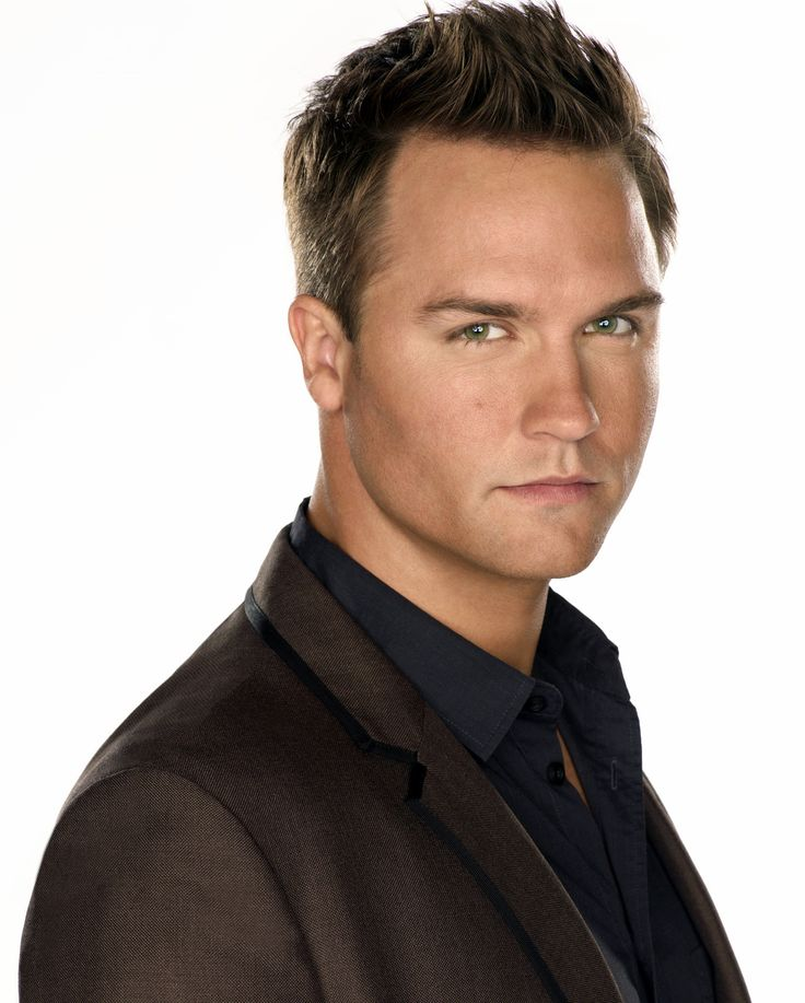 Gorgeous!!!!!!! Scott Porter from Hart of Dixie