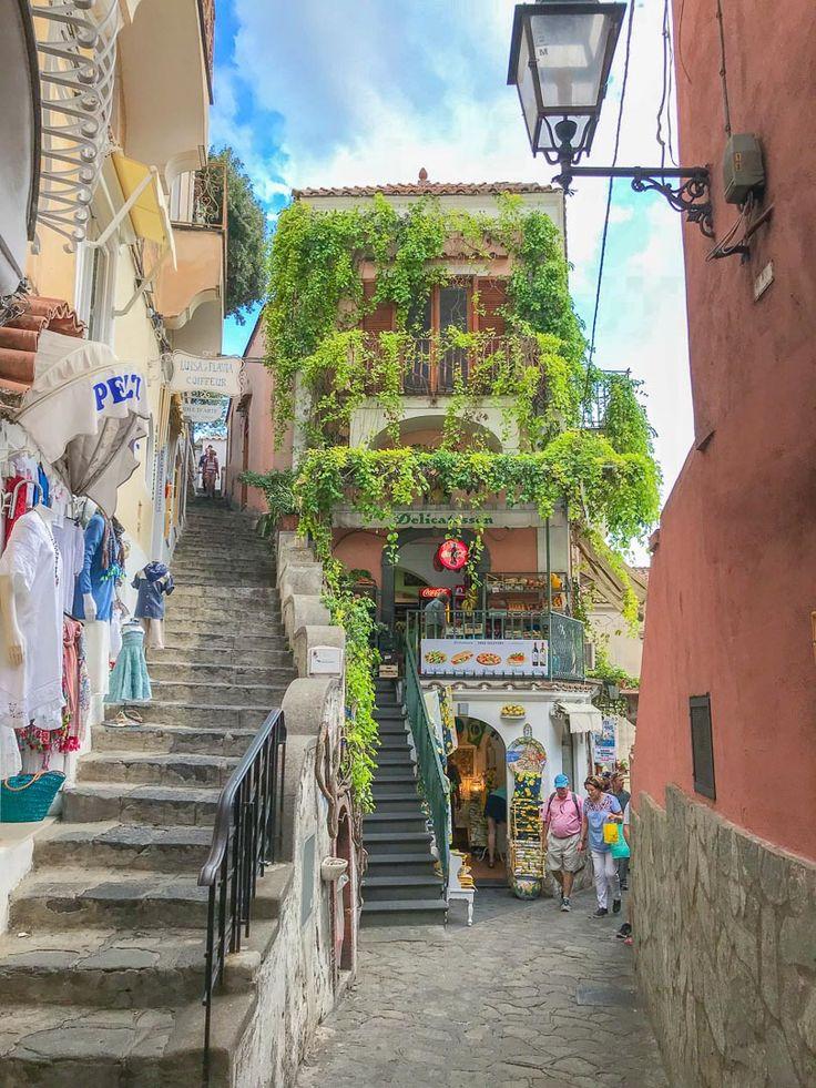 Positano, Amalfi Coast, Italy. #positano #amalficoast #italy
