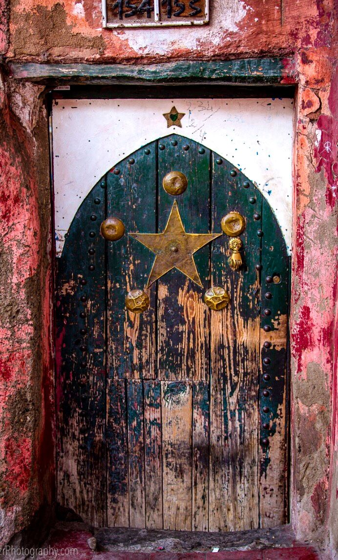 \u20aaportas - Marrakech Morocco - rustic pops of color / off-the-beaten path / remote travel & 2894 best DOORS Portals etc... images on Pinterest | Windows ... Pezcame.Com