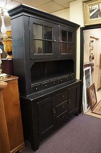 Marvelous Broyhill Attic Heirlooms Black China Hutch Cabinet Glass Distressed Antiqued