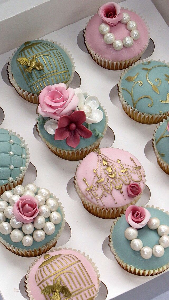 These cupcakes are beyond cute!