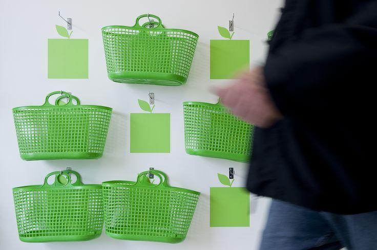 Más Fruta / equipoeme estudio #diseño #imagen #tienda #frutería #interiorismo #planbestudio