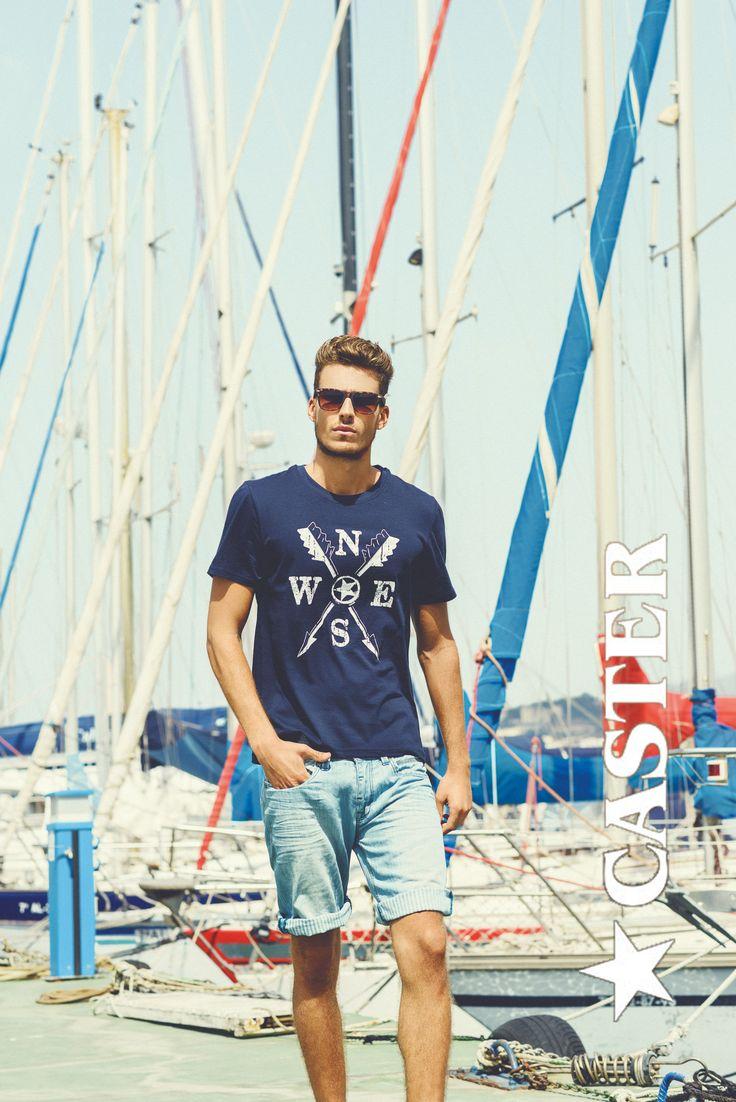 Shorts y camiseta con motivos naúticos, el look perfecto para vestir tus días de verano.