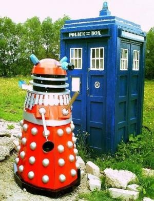 A Tardis Garden Shed I Want It Don T Want The Dalek He