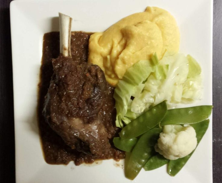 Recipe Red Wine Lamb shanks with mashed pumpkin & potato & steamed veggies by Maree04 - Recipe of category Main dishes - meat