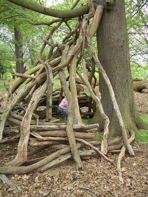 Using natural materials, making shelters