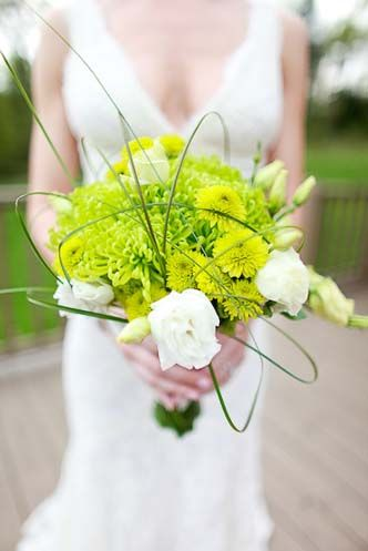 the  best chrysanthemum wedding bouquet ideas on, Beautiful flower