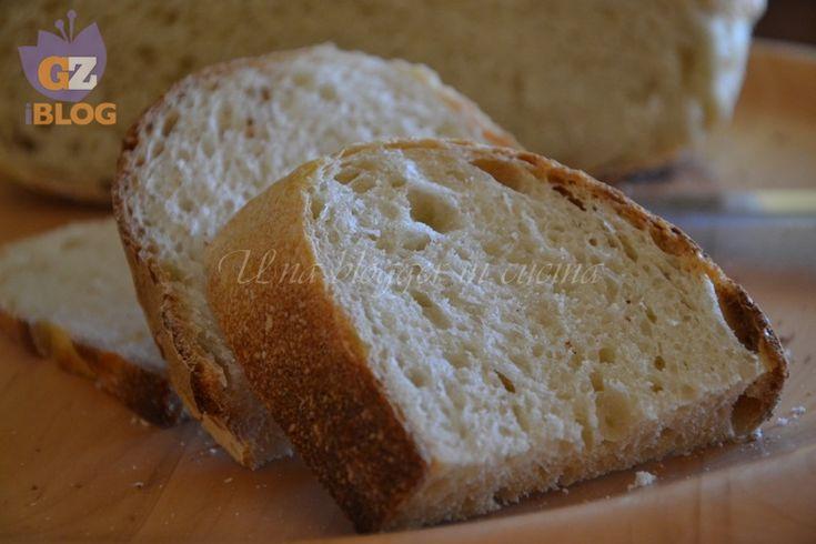 Pane di semola, pasta madre, a fette