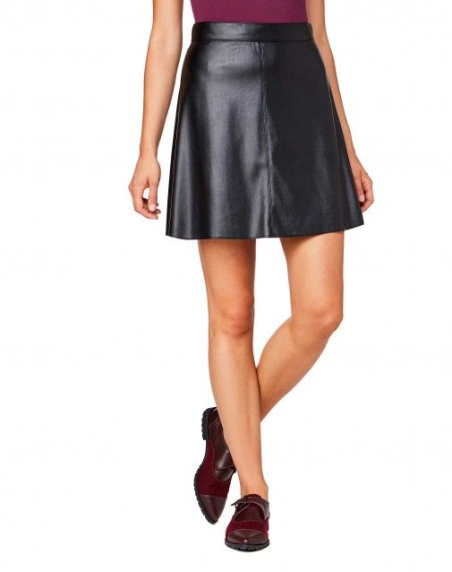 A-line high-waisted mini skirt in imitation leather with zip at back.