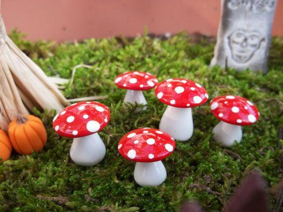 Cotillons Chapelier thé Fairy garden champignons ensemble de 20 courts terrarium bois accessoires tue-mouches jardin jardin boisé à la main