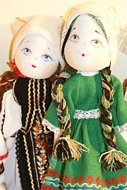 Masca moldoveneasca traditionala cu coarne de perete