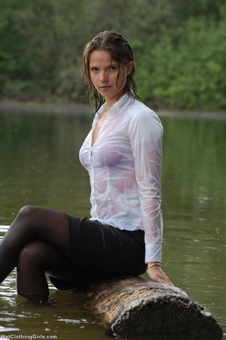 sexy girls wet clothes