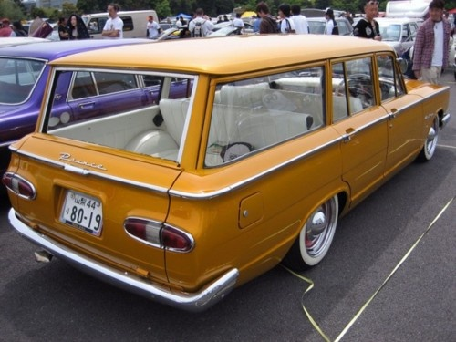 Longroofs rule - rare and period correct custom ones like this Datsun Prince are even better.