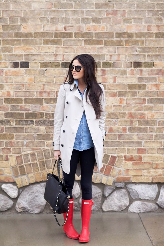 10 Cute Outfits with Red Hunter Boots