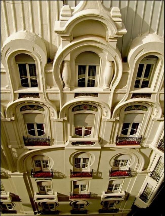[Fachada del Hotel Chile - Buenos Aires, Argentina - ART NOUVEAU - Foto: Fabio Grementieri]