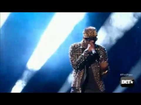 BET Awards 2013; R Kelly Performance - Medley