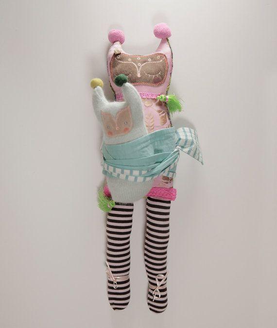 Fumiko  poupée de tissu peluche par WhiteFoxInBlackBox sur Etsy, £52.00