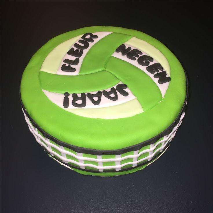 Volleybal taart in S.V Loil kleuren