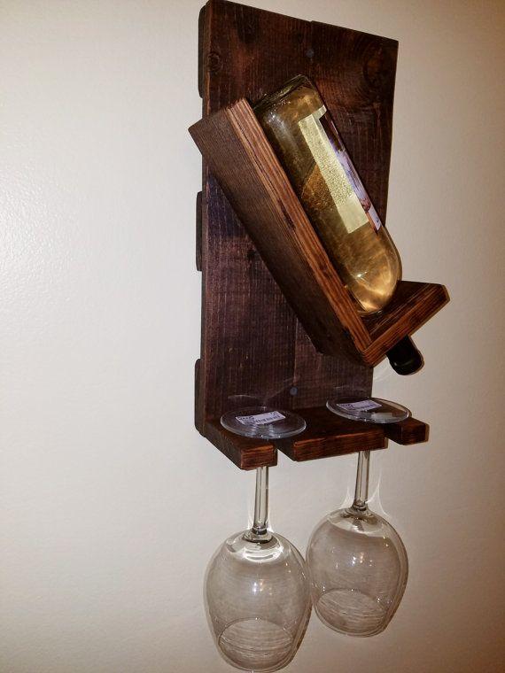 Botella hecha a mano madera de palet pared por RickWoodStudio