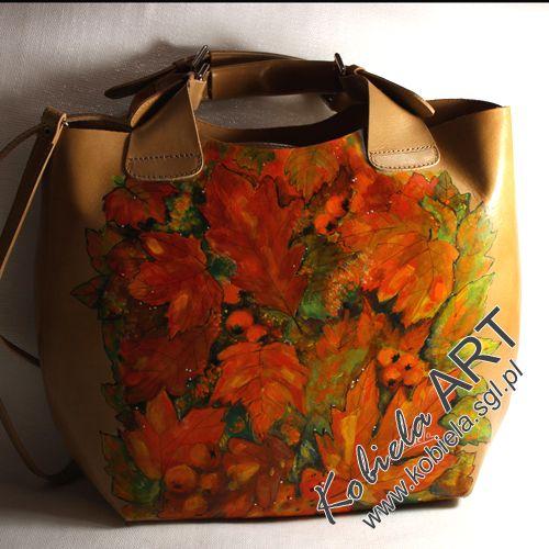 lubiana w malarstwie jesień ; torebka z naturalnej skóry licowej z ręcznie namalowanym obrazem . torebka mieści A-4;  można ją swobodnie użytkować . zapraszam również na www.kobiela.sgl.pl  - Bożena Kobiela