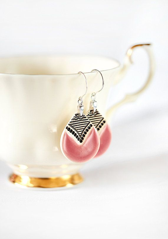 Zuzanna Żylińska Zu Design  Pink ceramic earrings polandhandmade.pl #polandhandmade #earrings #ceramicjewelry