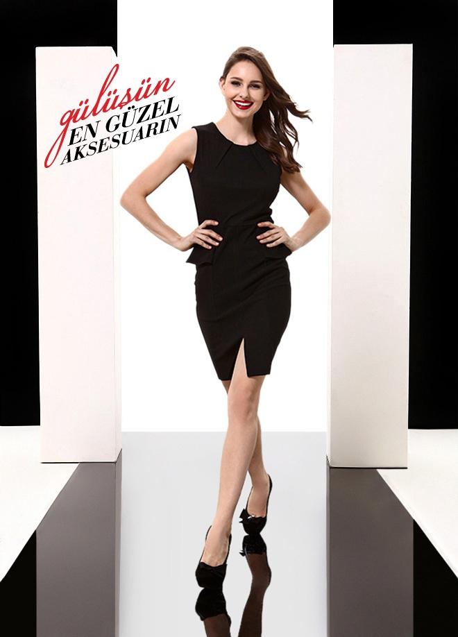 Sandro Line Örme elbise Markafoni'de 64,90 TL yerine 22,99 TL! Satın almak için: http://www.markafoni.com/product/3616499/