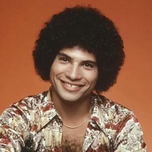 """1/26/12: Robert Hegyes, an actor best known for his role as Epstein on the pop**ar TV show """"Welcom Back, Kotter"""", died of a heart attack. He was 60.: Heart Attack, Welcome Back Kotter, Robert Hegy, Robert Hegi, Forgotten, Popular Tv Show, Juan Epstein, Celebrity Death, Ripped"""
