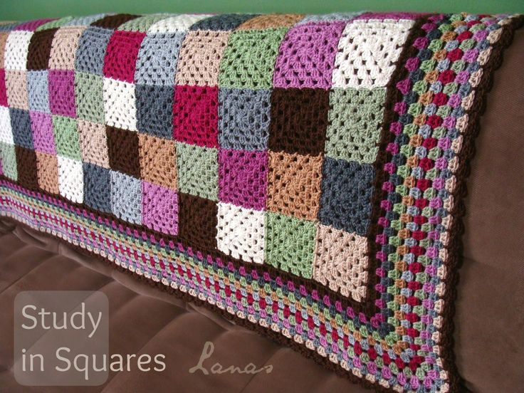 Frazada: Estudio en Cuadros (Crochet * Stash-Buster) I finished my first stash-buster blanket of the year… Completé mi primer...