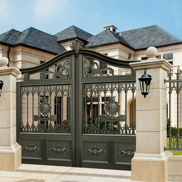 17 Elegant Gates To Transform Your Yard Into Inviting Place Main