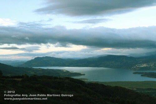 Paisaje Laguna de Guatavita (Represa) Vista desde sopo