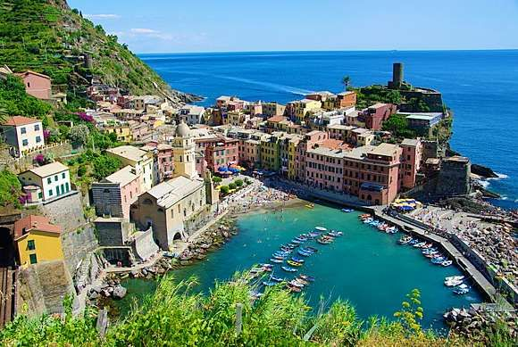 I want to go to thereItaly Hiking, Csodálato Italia, Cinque Terre Italy, Favorite Places, Farflung Places, Vernazza Cinque, Places I D, Travel, Five Land