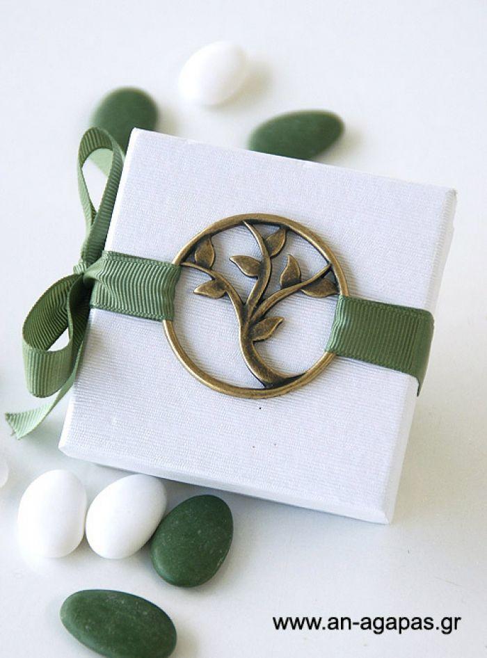 Μπομπονιέρα γάμου κουτί δεντράκι | an-agapas.gr
