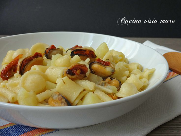 Pasta+mista+con+patate+e+cozze