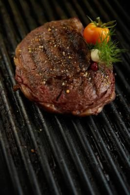How to Cook Eye of Round Steaks to Medium-Rare