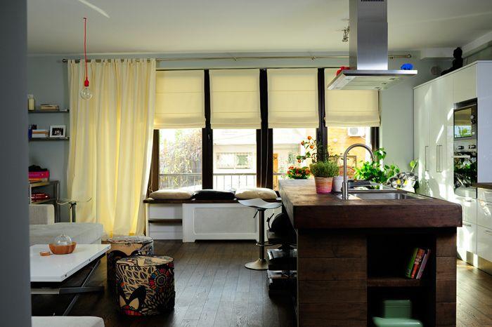 Bucharest apartment, light, wooden island