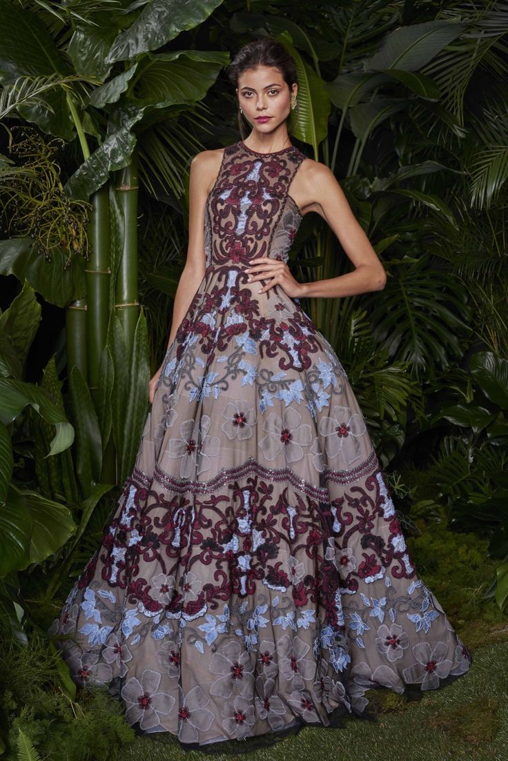 Naeem Khan - Resort 2016 - Look 17 of 27?url=http://www.style.com/slideshows/fashion-shows/resort-2016/naeem-khan/collection/17