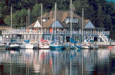 Royal Vancouver Yacht Club, Coal Harbour