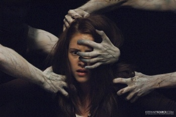 The Messengers (2007) Kristen Stewart plays the role of Jess