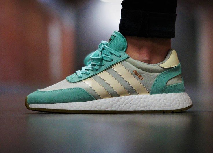 Adidas Iniki Runner Boost wmns - Easy Green/Cream White - 2017 (by kaihko
