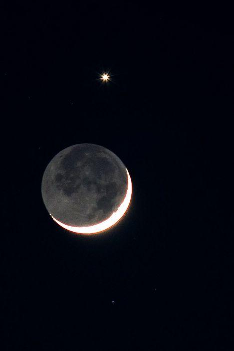 月と金星 via funiku_ookami