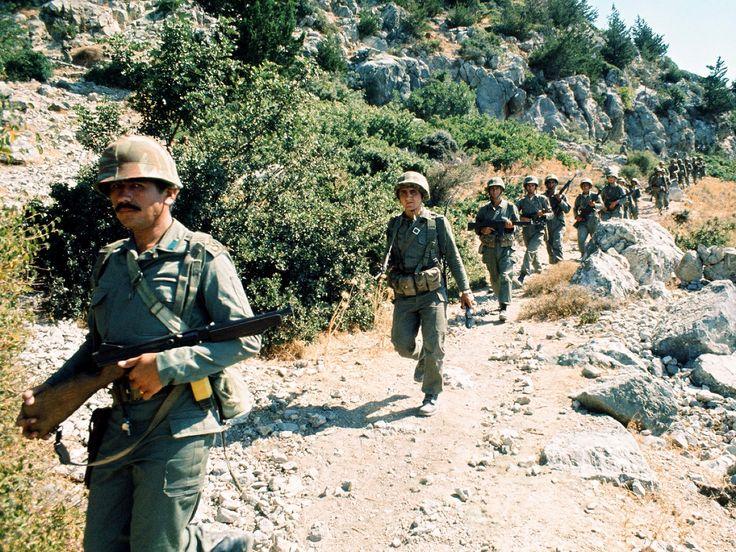 Bolu Komando Tugayına Bağlı Askerlerimiz Beşparmak Dağlarında İlerlerken