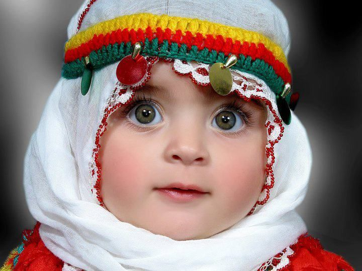 The beautiful kurdish little girl